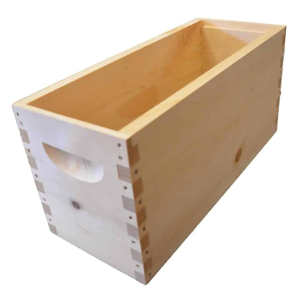 Resource Hive 4-Frame Deep Box Body