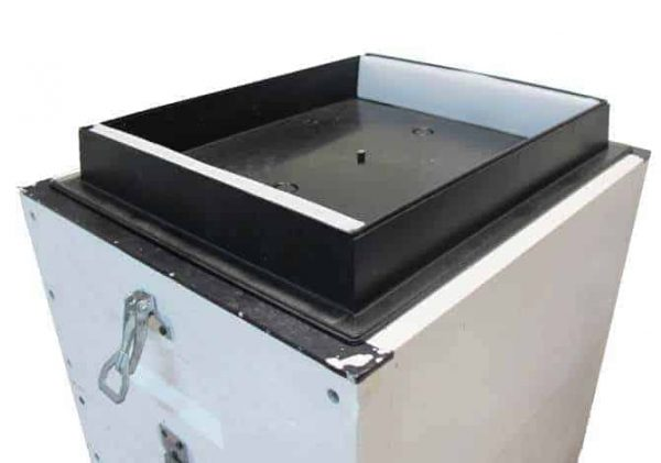 Hive Top Feeder On Lyson